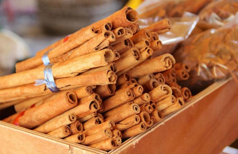 Cinnamon : Health Benefits, Nutrition, Usage